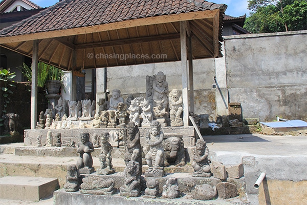 Visit bali 39 s ubud town for culture arts and so much more for Places that buy art
