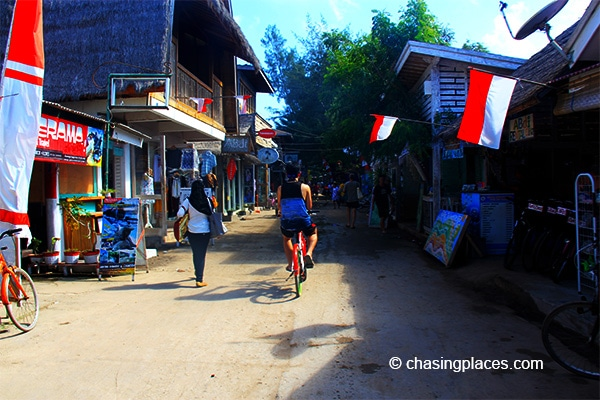 A look at the main street of Gili Trawangan