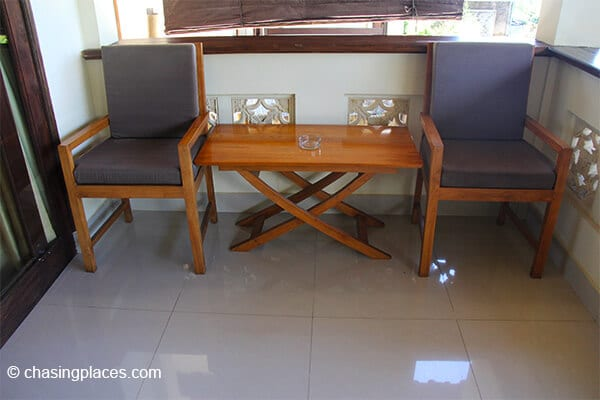 each-room-has-a-few-chairs-outside-to-relax-and-read-while-at-rinjani-lodge