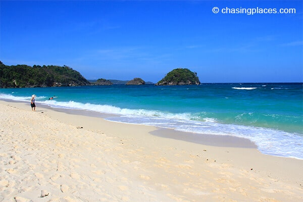 Chasing Places Travel Guide Photos: Things You Don't Know about Ilig-Iligan Beach, Boracay Island