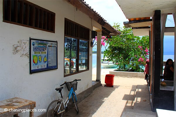 The ticket office on Gili Trawangan.