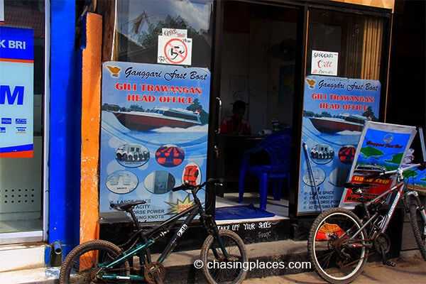 One of the tour offices that offer boat transfers to Gili Air.